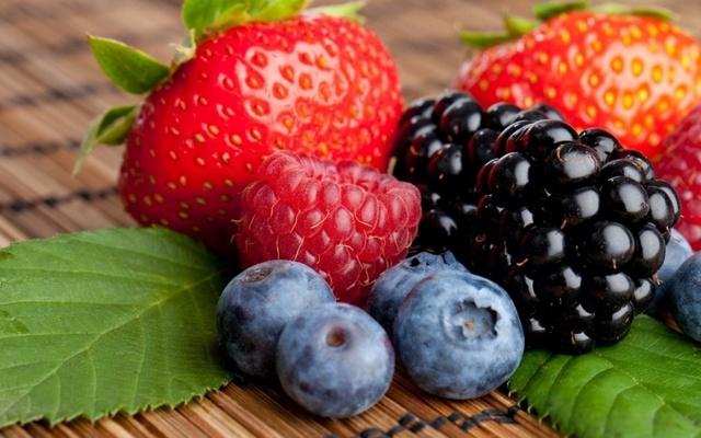 A8-Frutos_rojos