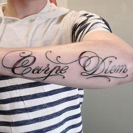 tatuaje-carpe-diem-antebrazo-3