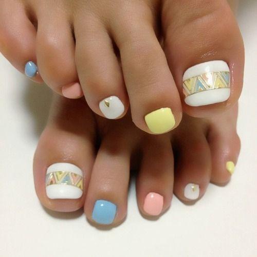 modelos-de-unas-pintadas-para-pies-lindos