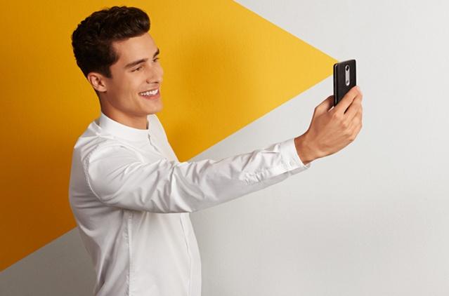 Selfie-34