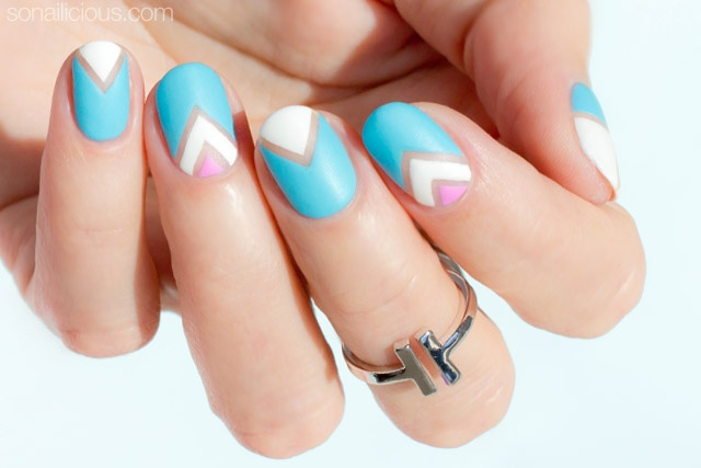 negative-space-nail-art-for-short-nails-1